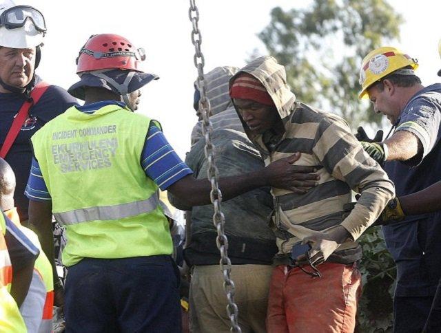 Gang wars erupt over abandoned mines in SA | News ...  |Illegal Mining Sa Pilipinas