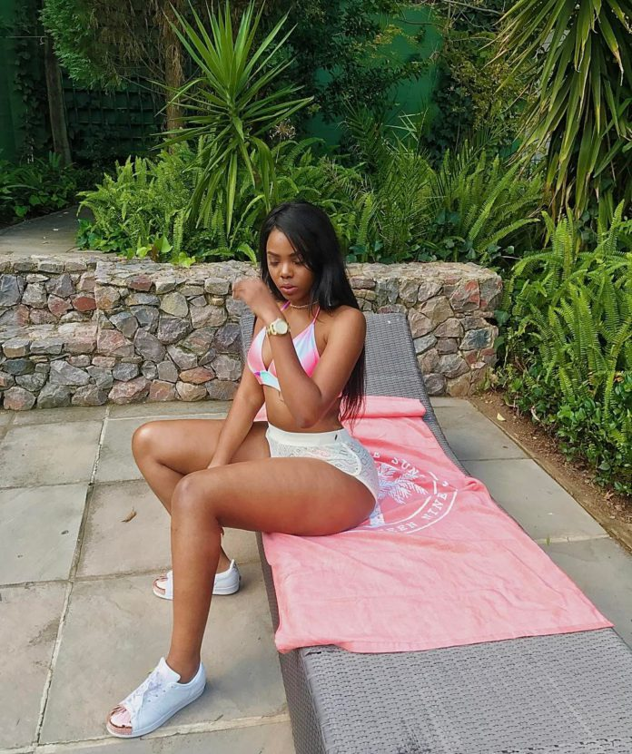 5 Pictures of Londie London that shows she is Mzansi's Hottest Bae